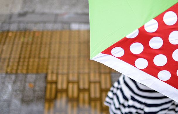 Umbrella 梅雨が待ち遠しくなるアンブレラ特集