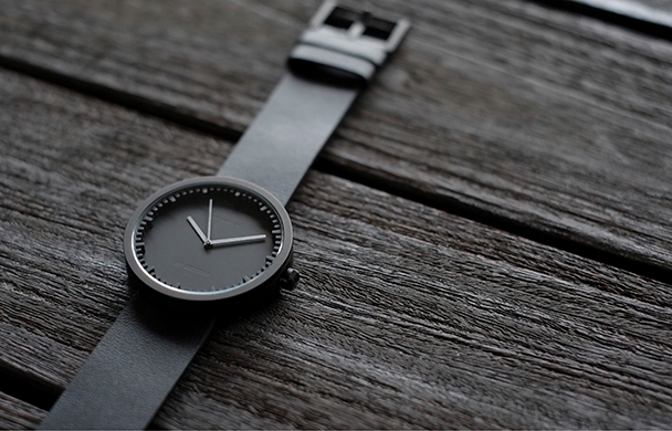PIET HEIN EEK「tube watch」再入荷!